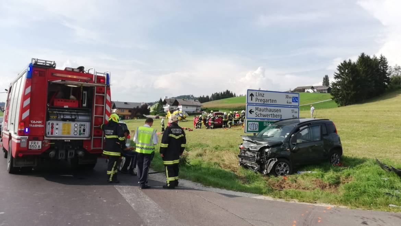 Verkehrsunfall eingeklemmte Person (25.08.2019)
