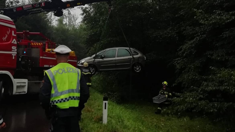 Verkehrsunfall Aufräumarbeiten (03.08.2020)